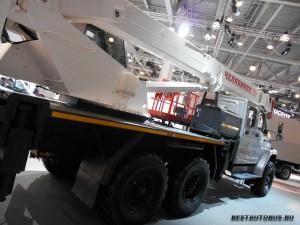 КС-55732 Челябинец rear