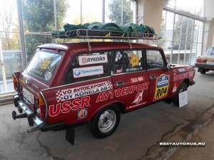 Москвич АЗЛК-2137 rear