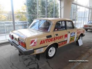 Москвич АЗЛК-2140-1600SL rear