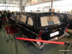 ГАЗ-13С rear