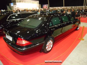 Mercedes-Benz S500 Pullman V220 _02