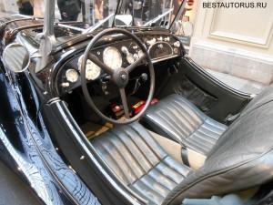 BMW 328 интерьер