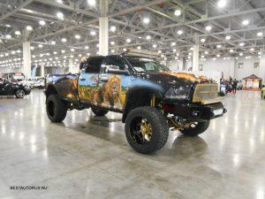 Dodge Ram 2500 Laramie 2013 года
