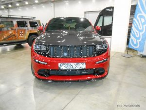 Jeep Grand Cherokee SRT-8 Redline