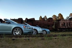 Обзор кабриолетов Volvo C70, Volkswagen Eos и Saab 9-3.