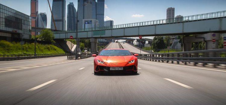 На сколько удобен суперкар Lamborghini Huracan в условиях города?